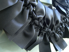 Ribbon-wreath-detail